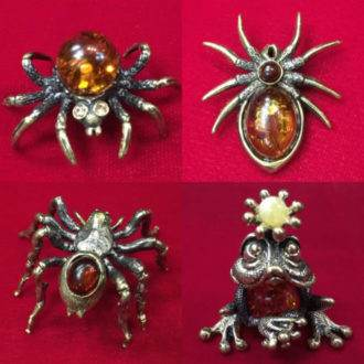 Пауки, скорпионы, змеи, лягушки, насекомые