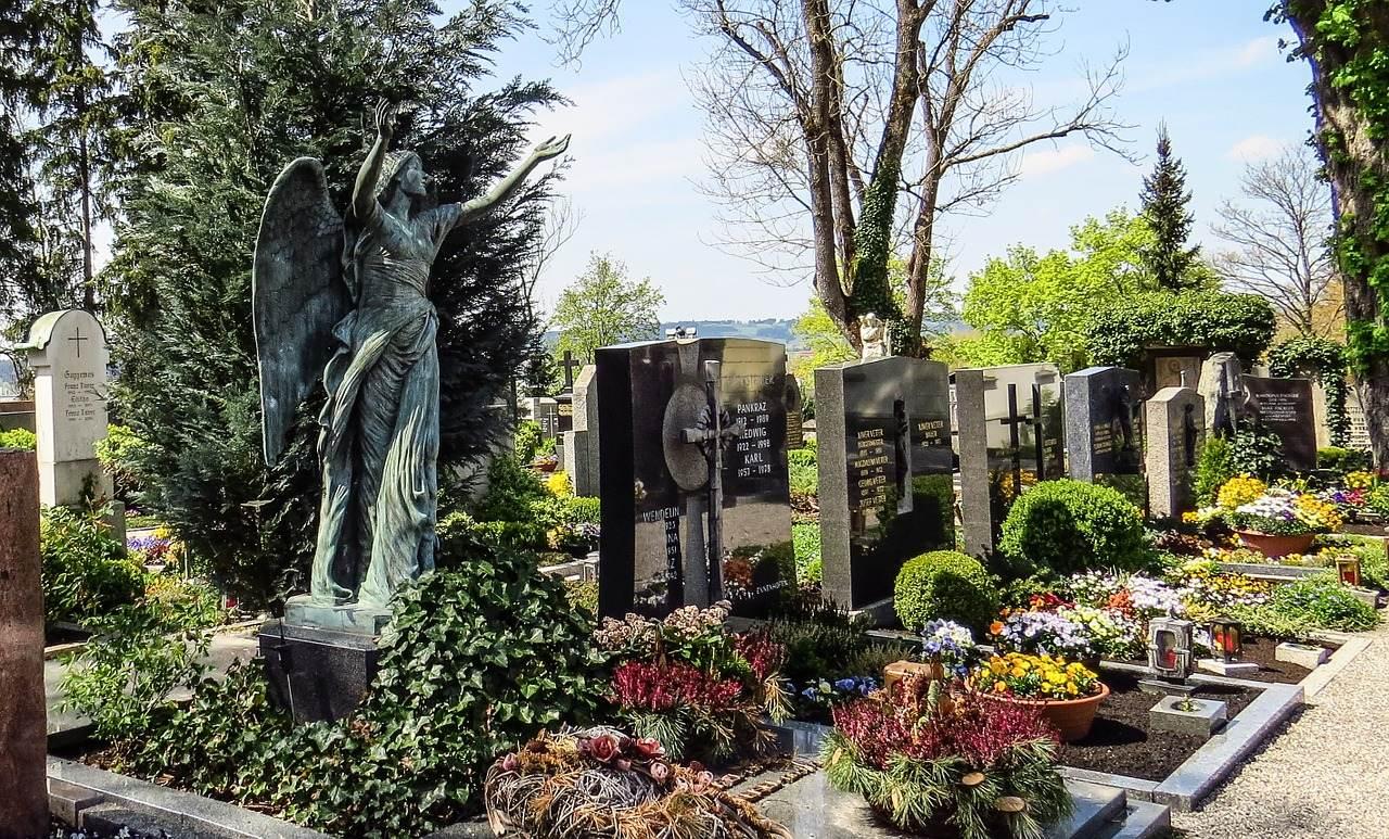 cemetery-1280415_1280